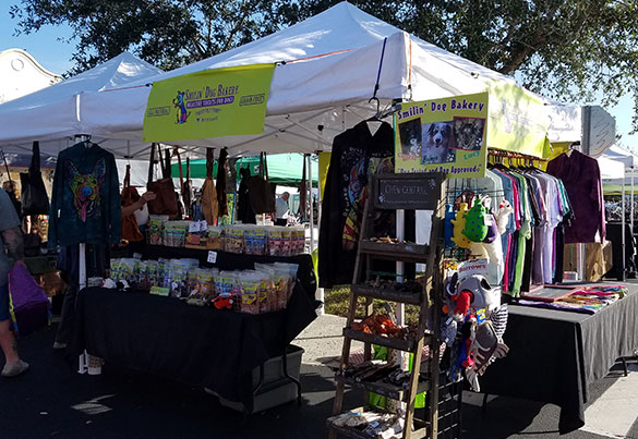 visit us at the Pine ridge Farmers Market in Naples Florida | Smilin' Dog Bakery, LLC.